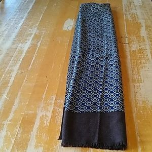 Calibrate Accessories - Calibrate lambswool wrap blues and browns